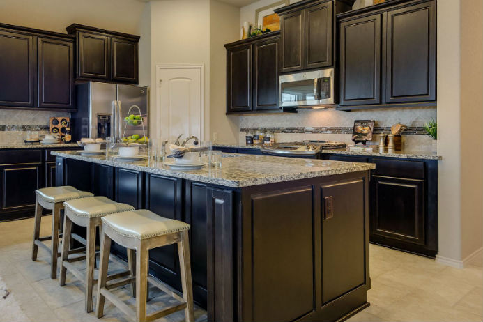 Perry model home, kitchen